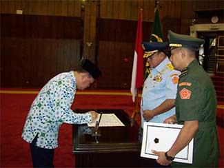 Ketua Dewan Pengurus Korpri TNI Diserahterimakan