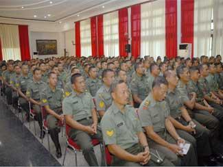Gubernur Akmil Beri Pengarahan Kepada Organik Akmil