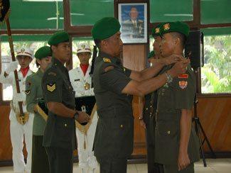 Direktur Perhubungan TNI AD Pimpin Sertijab Komandan Batalyon Perhubungan AD