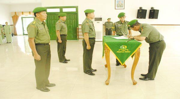 Sertijab Kadepmilum Dan Laporan Korps Penyerahan Jabatan Kaajen Akmil