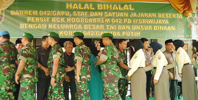 images_img_Kodam2_halal-bihalal-rem-042