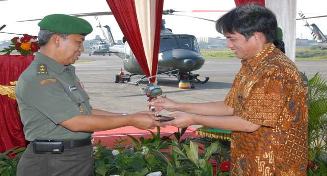 TNI AD Menerima 4 Helikopter Baru