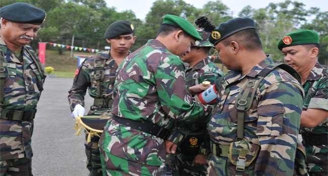Pangdam XII/Tpr Buka Latma Keris Kartika Malaysia Indonesia 36-B 2012