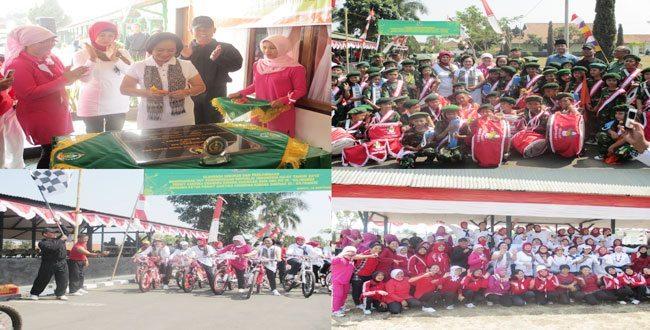 Ketua Persit KCK PD III/Slw Resmikan Cafe Srikandi Persit KCK Koorcab Rem 062