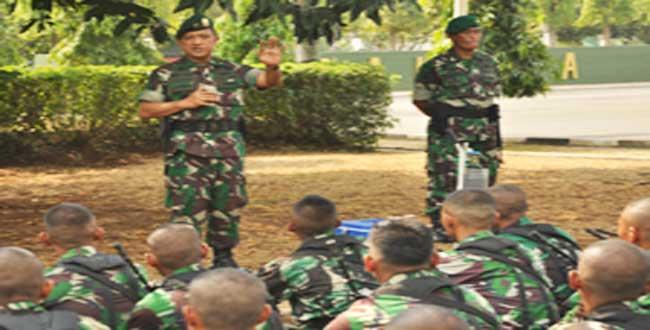 Kas Kostrad tinjau kesiapan prajurit Kostrad sambut HUT TNI