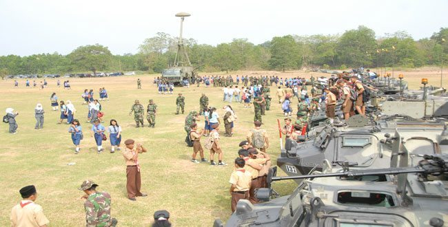 Pameran Alutsista Di Puslatpur Baturaja Diserbu Masyarakat