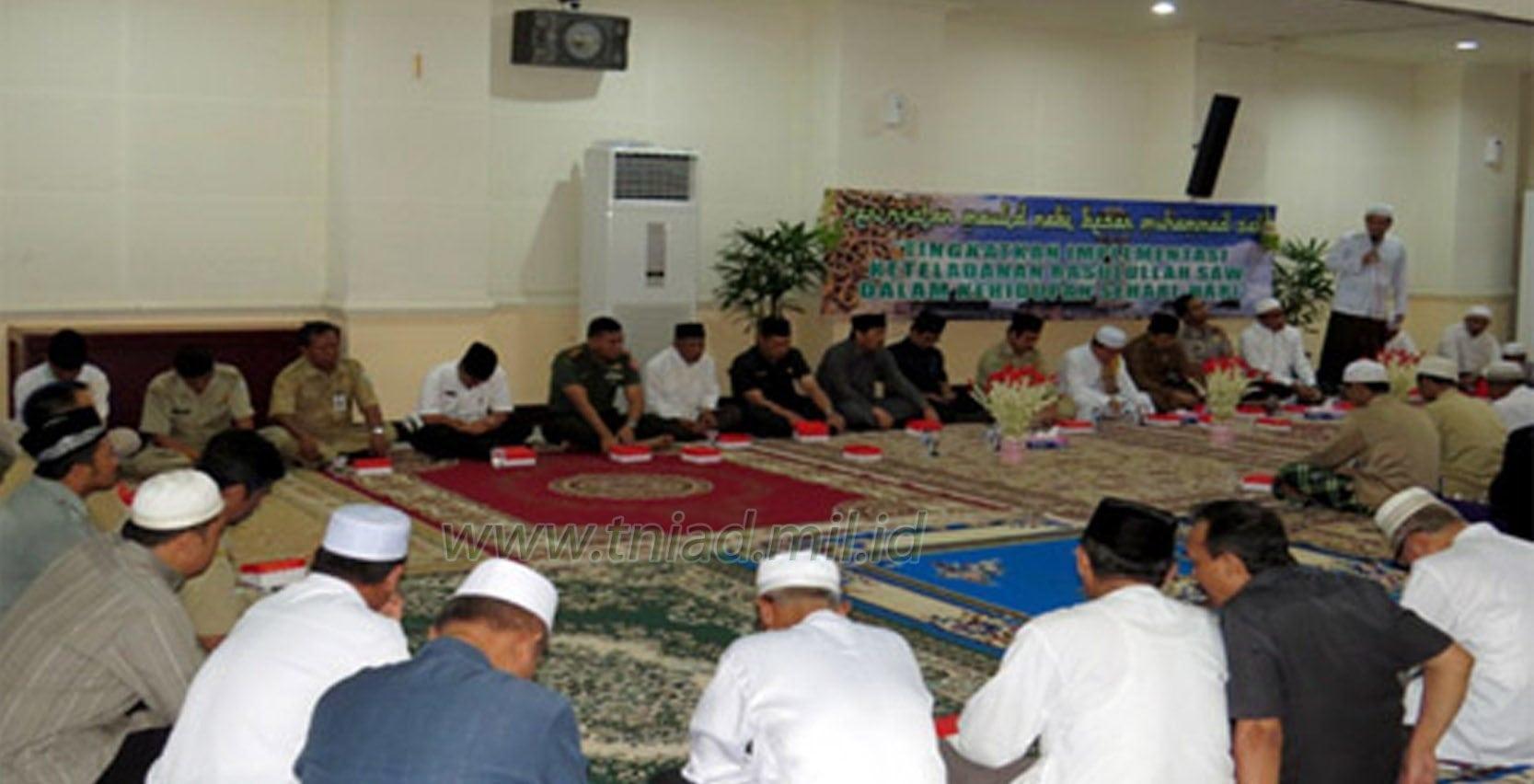 Dandim 1006-MTP Hadiri Maulid Nabi Muhammad SAW