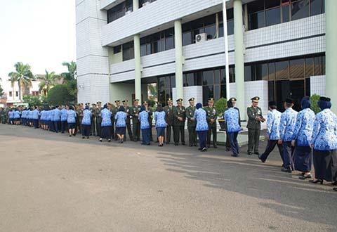 Dirtopad Brigjen TNI Ir. Dedy Hadria M.Sc. Memimpin Acara Halal Bil Halal di Madittopad