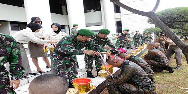 Acara Tradisi Corps Penerimaan 15 Orang Tamtama Baru