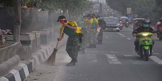 pembersihan debu