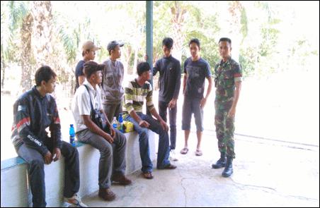 7 Orang TKI Illegal Digagalkan Satgas Yonif 143/TWEJ