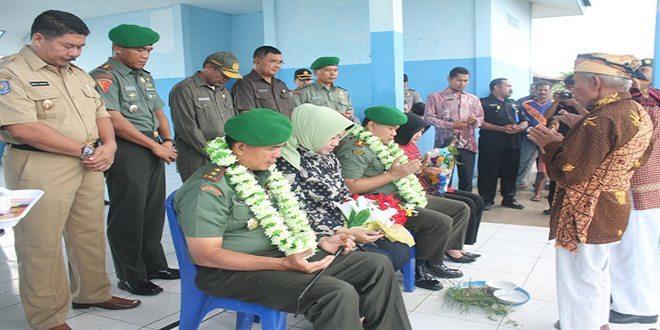Pangdam XVI/Pattimura Mayjen TNI Meris Wiryadi Menyapa Masyarakat Maluku Utara