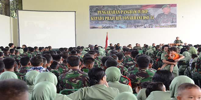 Pangdam IV/Diponegoro Motifasi Prajuritnya Pada Kunjungan Kerja ke Mako Yon Arhanudse-15/Tr.