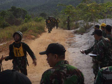 Yonif 641/Raider Berjaya Lomba Cross Country HUT Ke-56 Kodam XII/Tanjungpura