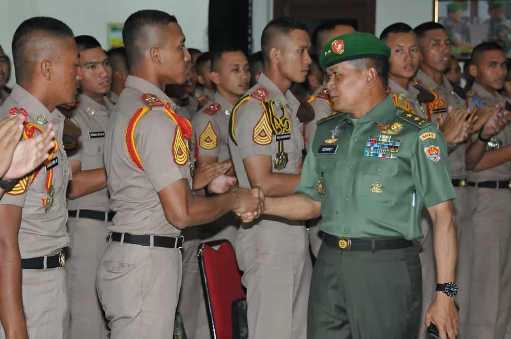 TIGA PERWIRA TINGGI TNI AD BERI PEMBEKALAN TARUNA