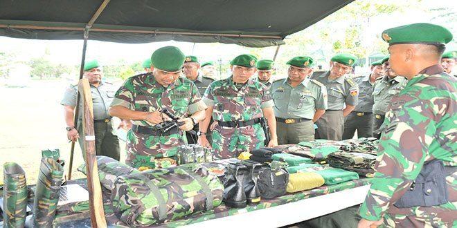 Kasdam IV/Diponegoro Periksa Pasukan Yonif 405/SK