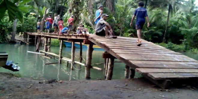 Subkorwil Halbar Bantu Bangun 2 Jembatan