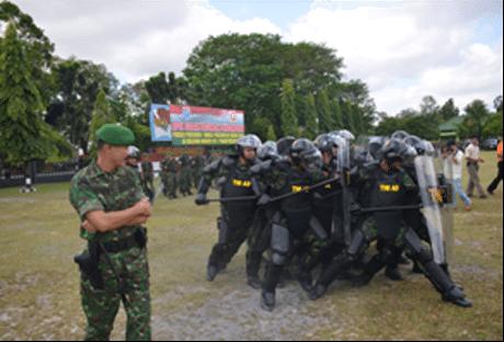 Korem 102/Pjg Gelar Pasukan Pengamanan Pemilu Presiden 2014