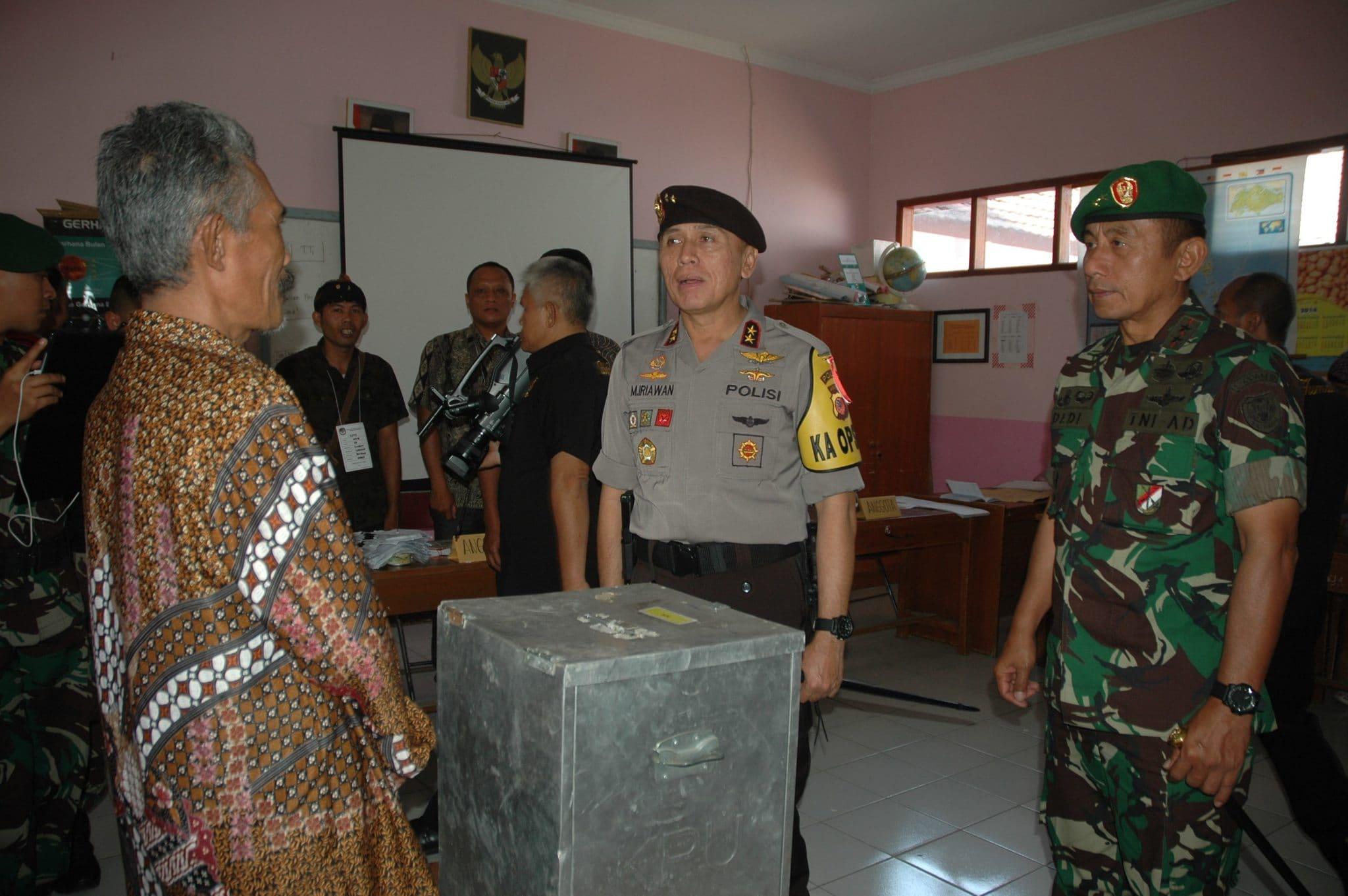 Pantau Pemilu 1- 2014