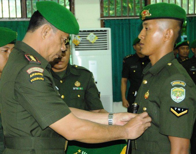 Penutupan DIKMABA TNI AD Tahap ll Kecabangan Infanteri Kodam Jaya