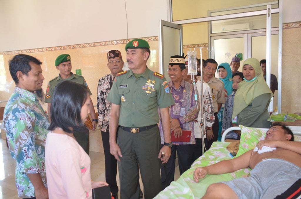 HUT Republik Indonesia Ke-69 Korem 102/Pjg Bersama Pemerintah Anjangsana Gabungan