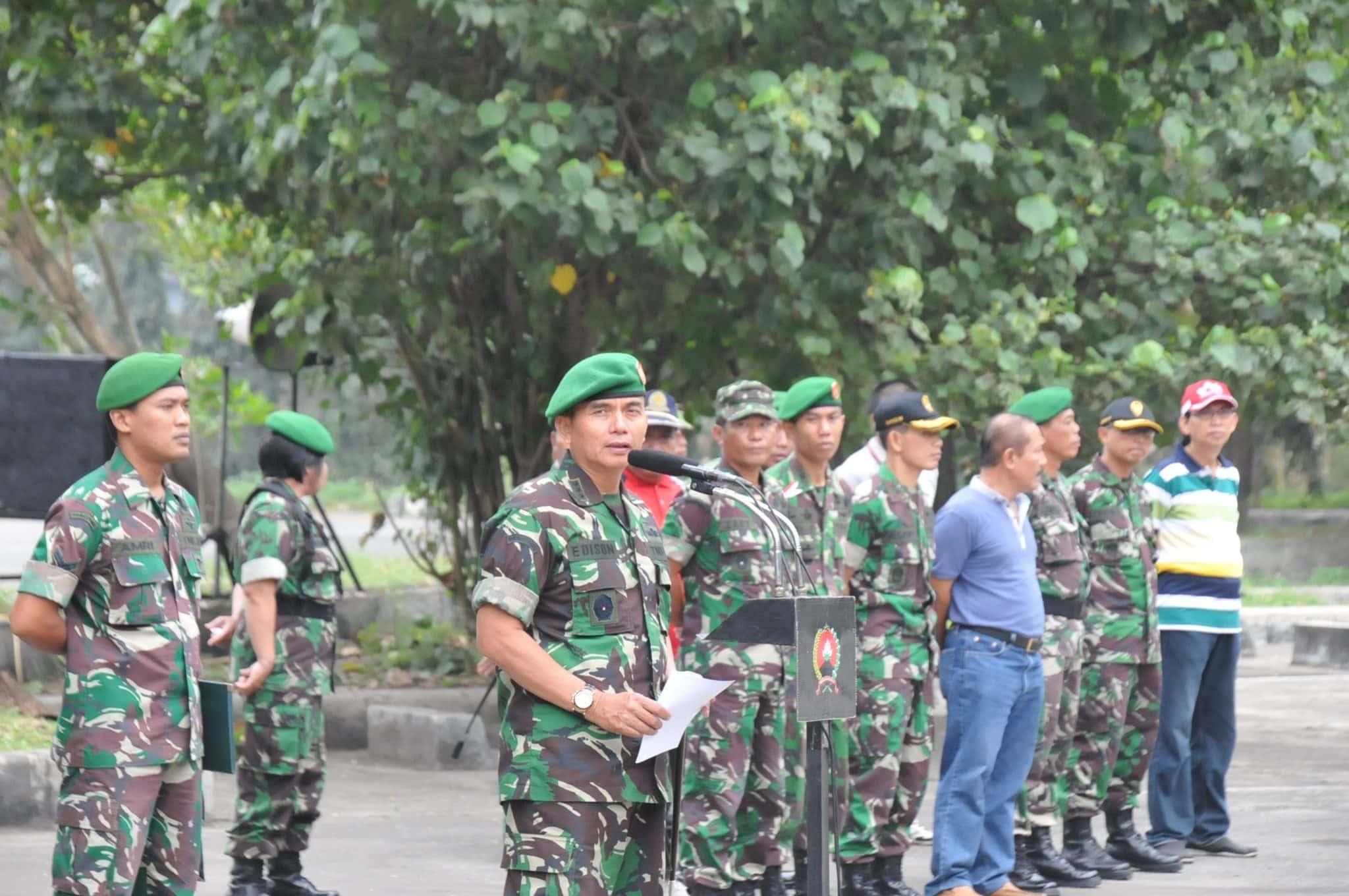 KARYA BHAKTI KARYA NYATA KEMANUNGGALAN TNI-RAKYAT