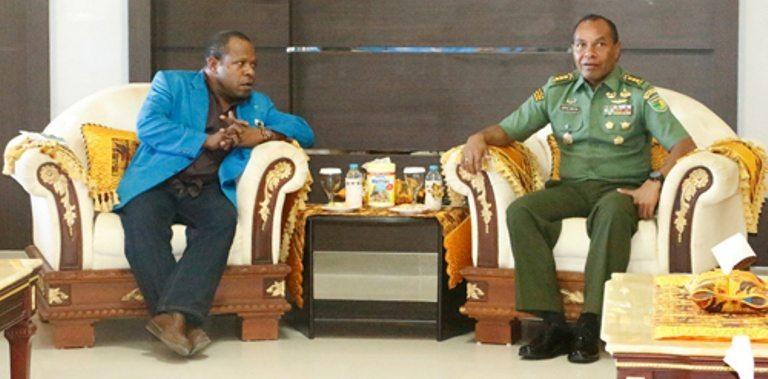 Irdam XVII/Cenderawsih Menerima Kunjungan KNPI Korwil Papua