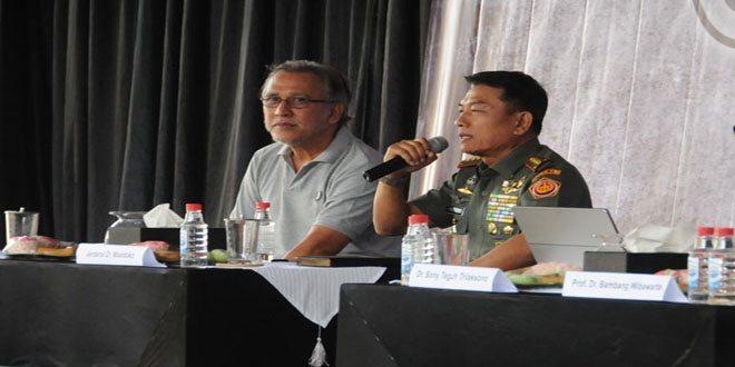Panglima TNI Paparan Dihadapan Anggota OI