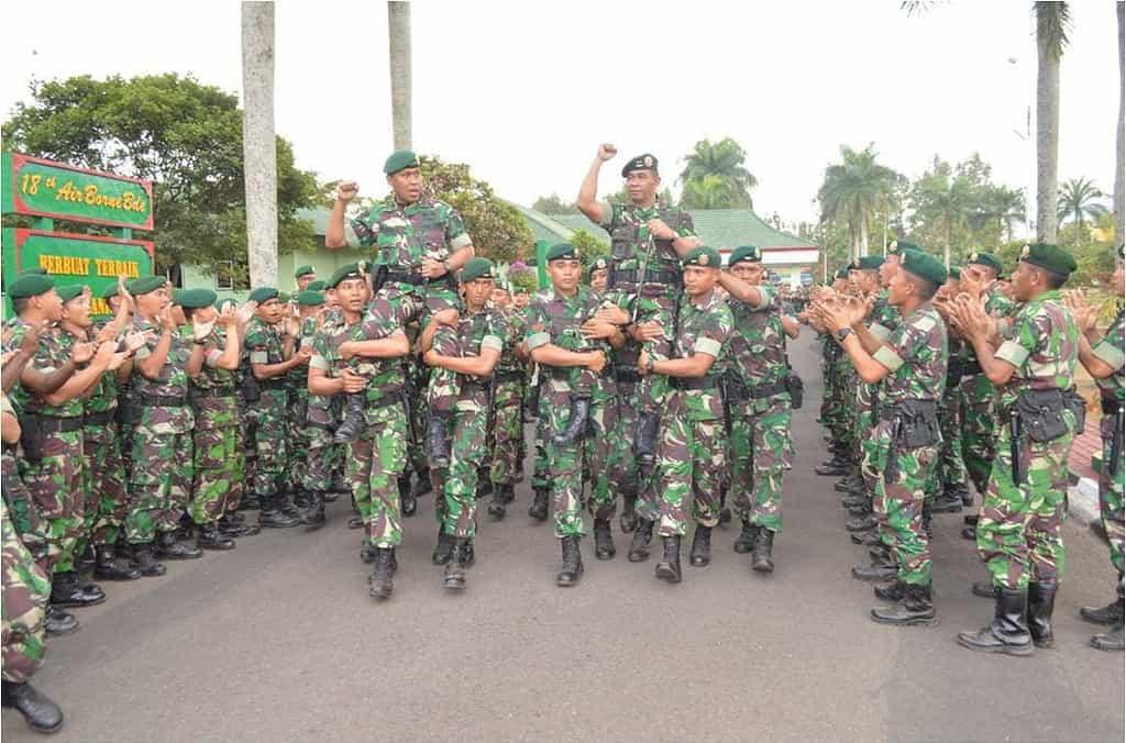 Kunjungan Kerja Pangdivif 2 Kostrad Ke Mabrigif L 18 Dan Yonif Linud 502