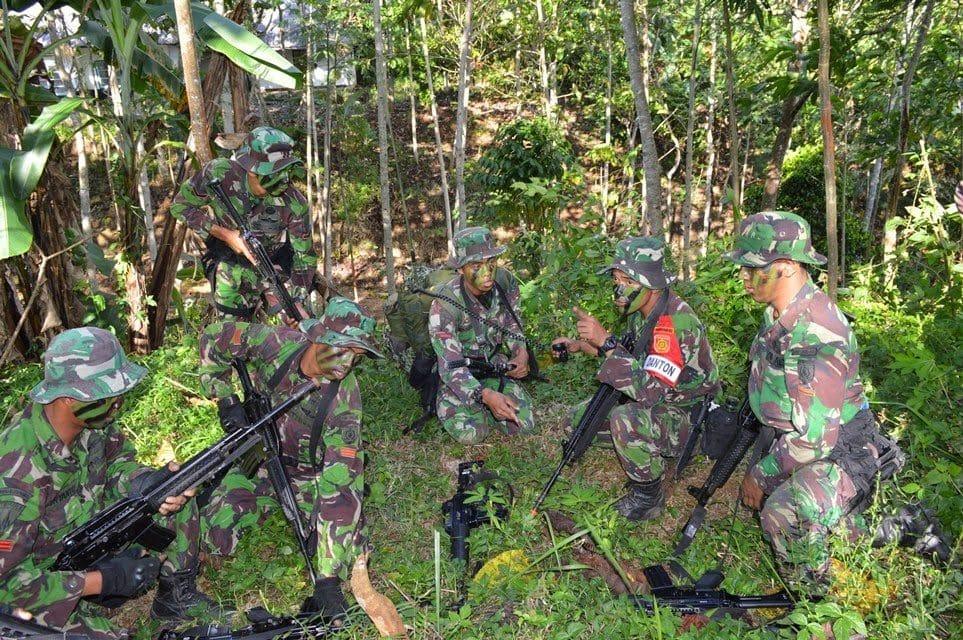 yonif l-502 latihan ust TON 20-8-14.jpg 1