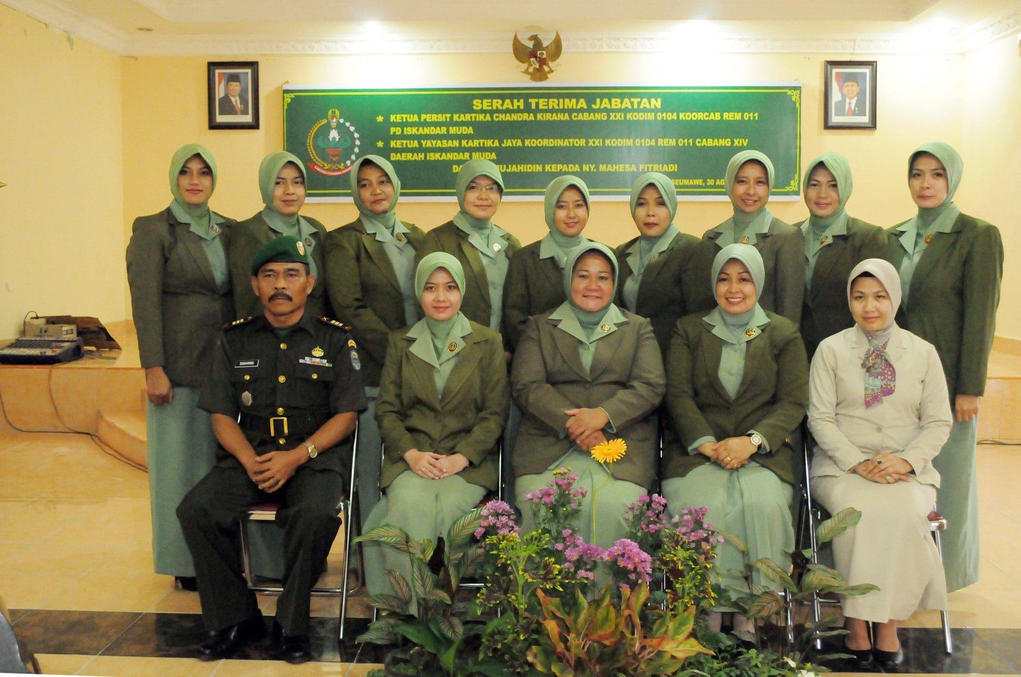 Ny Ira Hipdizah, Pimpin Serah Terima Jabatan Ketua Persit Kartika Chandra Kirana Cabang XXI Kodim 0104 Aceh Timur