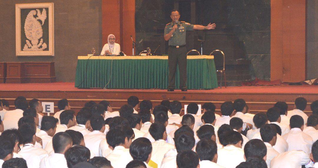 Danrem 084/Bj: Mantapkan Wawasan Kebangsaan Di UWK Surabaya