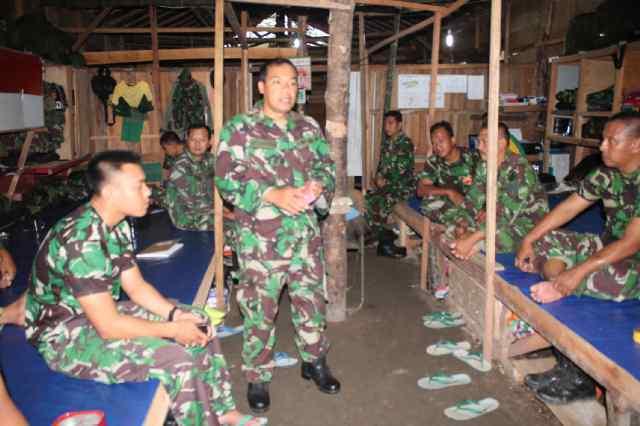 Satgas Yon Armed 13/Nanggala Kostrad Ikuti Penyuluhan Hukum