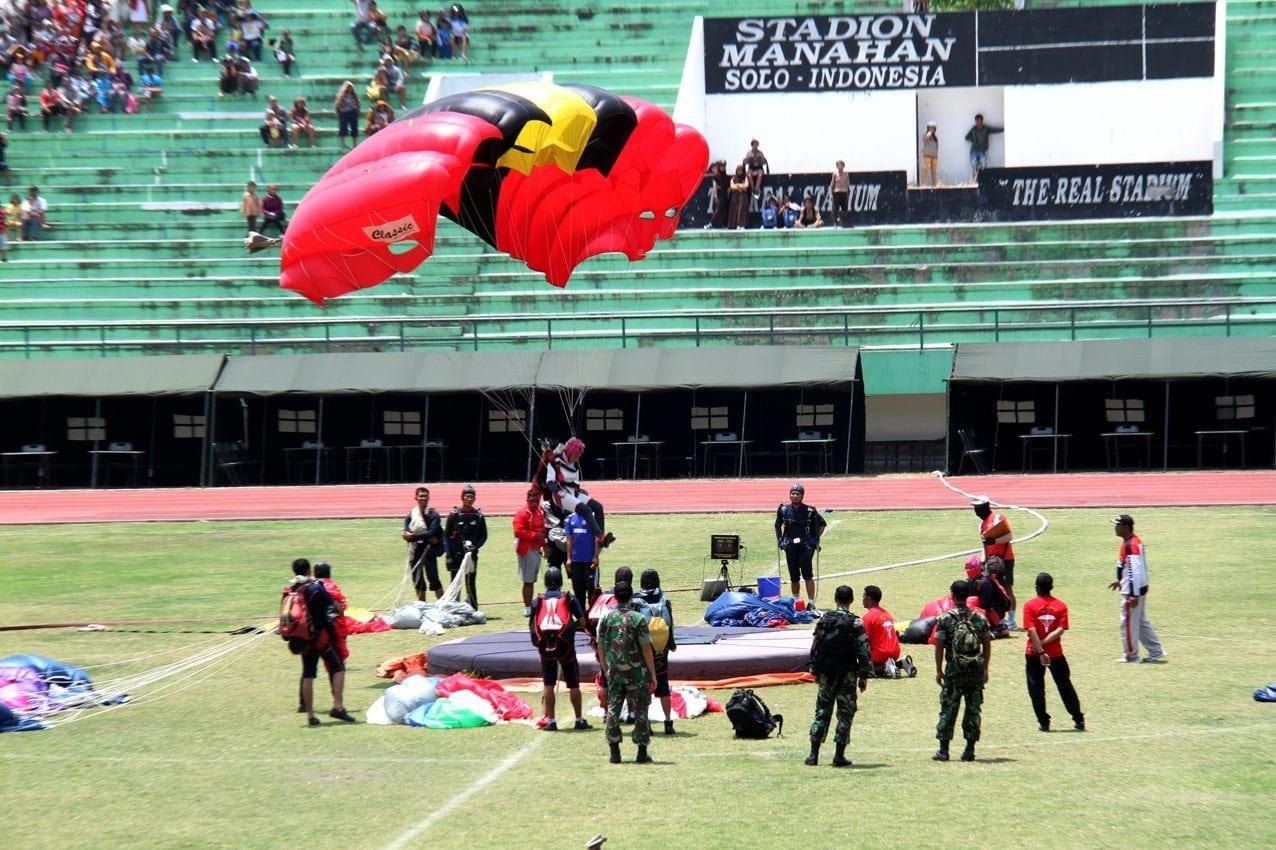 TNI Tuan Rumah Kejuaraan Dunia Terjun Payung Militer