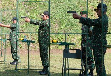 TIM PETEMBAK KODIKLAT TNI AD ASAH KEMAMPUAN DI PT.PINDAD (Persero)