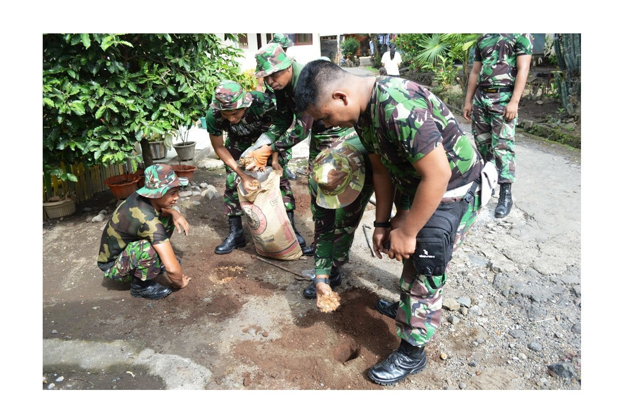 Korem 152/Babullah Gelar Kegiatan Sosial Dalam Rangka HUT TNI Ke-69 Tahun 2014