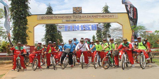 Fun Bike Yonif 755/Yalet Dalam Rangka HUT TNI