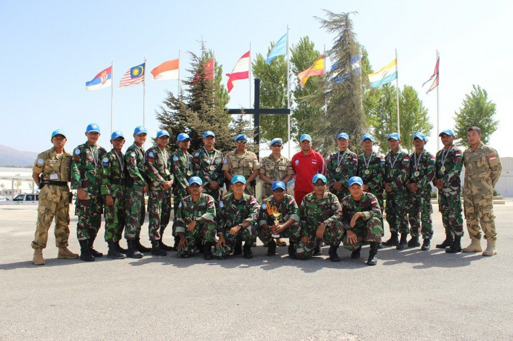 Peacekeeper Satgas Indobatt XXIII-H/UNIFIL Raih Juara Sector East Shooting Patrol Competition 2014