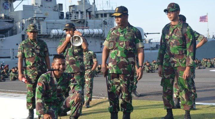 pangdivif 2 kostrad tinjau latihan BDM dalam rangka hut TNI 69
