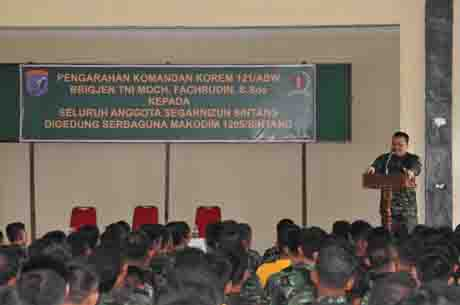 Danrem 121/Alambhana Wanawwai Pengarahan Prajurit Kodim 1205/Sintang