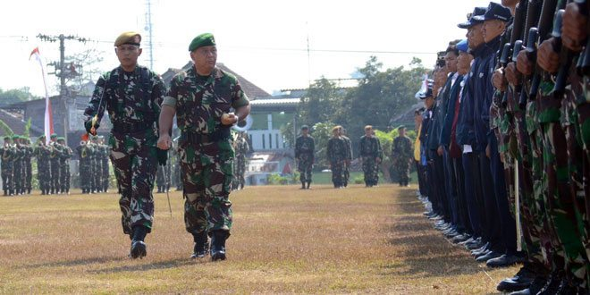 Konsepsi Wawasan Nusantara dan Sistem Pertahanan Negara Bagi Mahasiswa