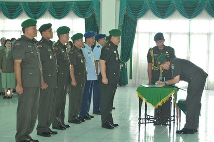 Pangdam Melantik Empat Pejabat Baru Dlingkungan Kodam XII/Tanjungpura