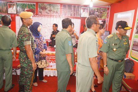 Yonarmed 16/105 Tarik Berpartisipasi pada acara Landak Expo 2014