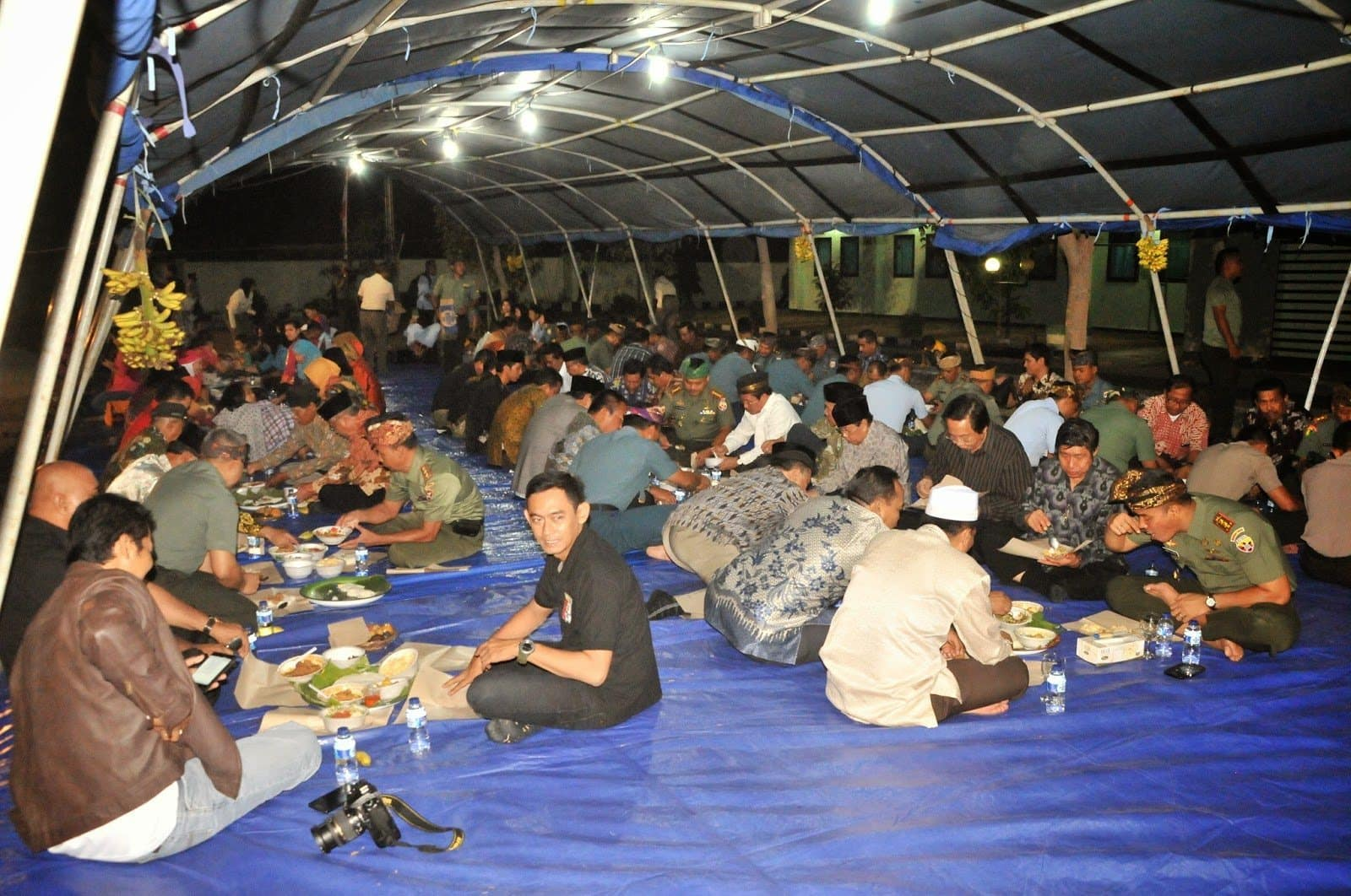 BEGIBUNG BERSAMA TNI – RAKYAT