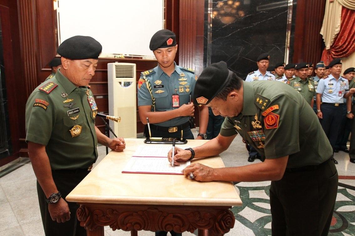 Panglima TNI Serahkan Jabatan Koorsahli