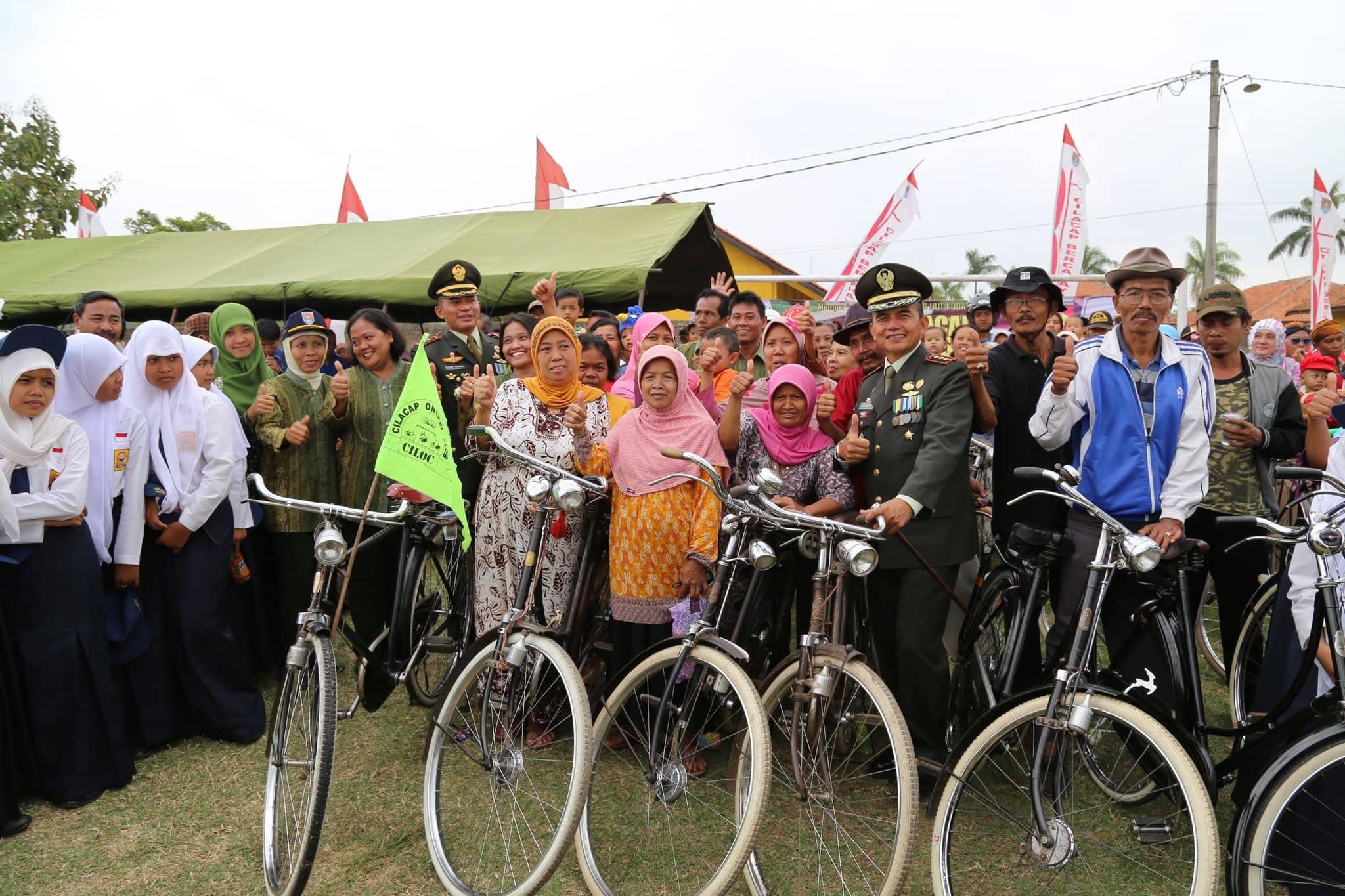 Upacara Bersama Rakyat