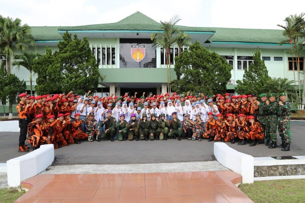 UPACARA PERINGATAN HARI SUMPAH PEMUDA KE-86 BARENG ORMAS, MENWA & PELAJAR