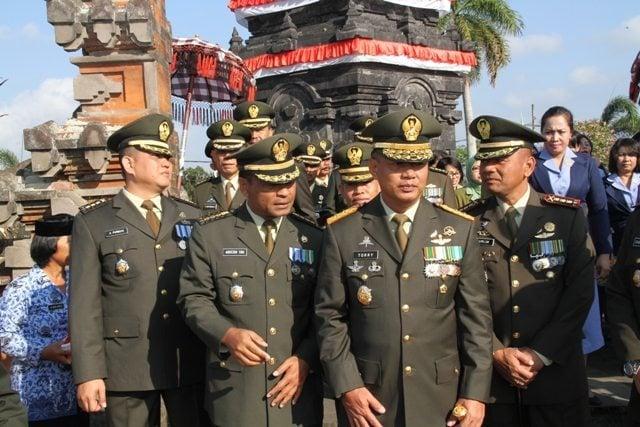 ZIARAH ROMBONGAN HUT KE-69 TNI