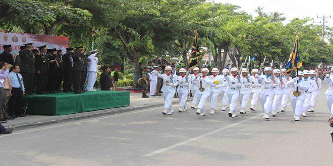 Danrem 132/Tadulako Pimpin Upacara Parade HUT Ke-69 TNI
