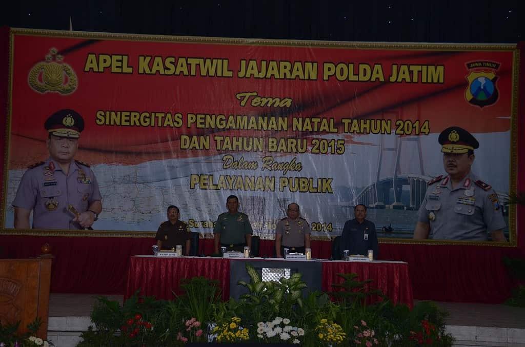 1 Pejabat yang hadir pada kegiatan Apel Kasawil Jajaran Polda Jatim